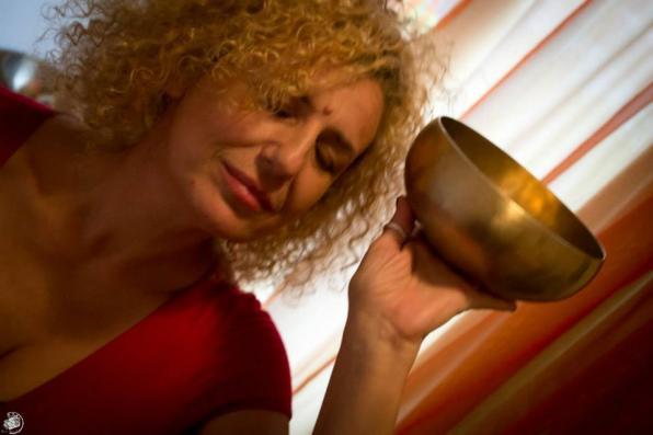 DEC 10 «Η Γοητεία των Ήχων», ένα ταξίδι με οδηγό τη Δέσποινα Παλαμάρη