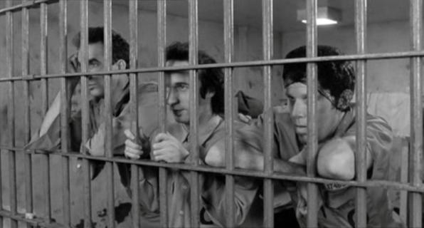 JAN 07 Προβολή ταινίας «Στην παγίδα του νόμου»