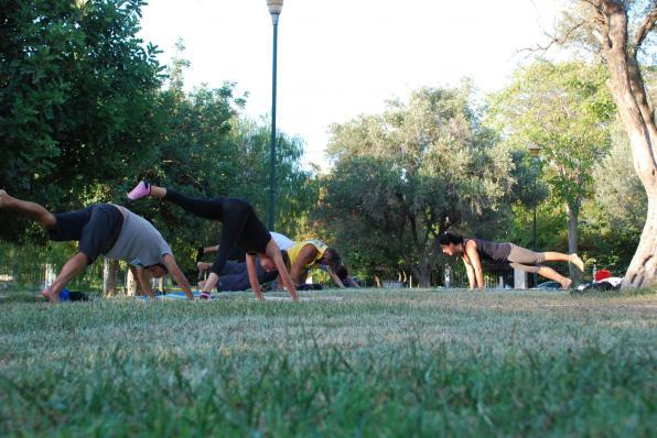 Πλατωνική Yoga στο Πάρκο