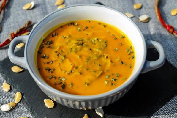 Δευτέρα 1/1, Η πρώτη Σούπα του Χρόνου - The first Soup of the Year