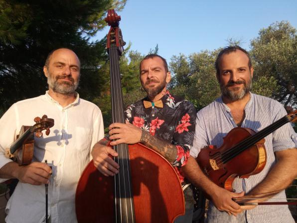 Παρασκευή 2/2, Live: Τρίο εγχόρδων Frog String Trio